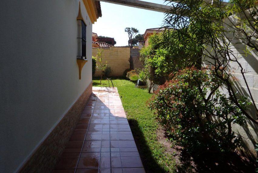 27-Chalet-La-Barrosa-C04445